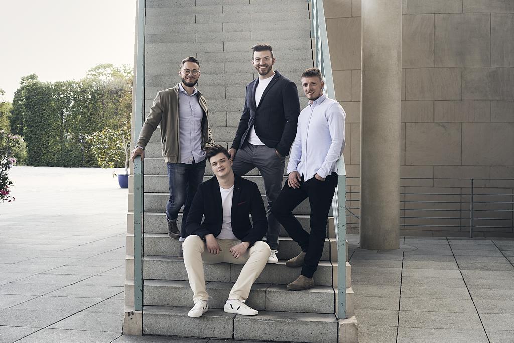 Christoph Schmidt, Jona Sprinkmeier, Jerome Sprinkmeier und Philipp Sholz: das Team von Docestate.