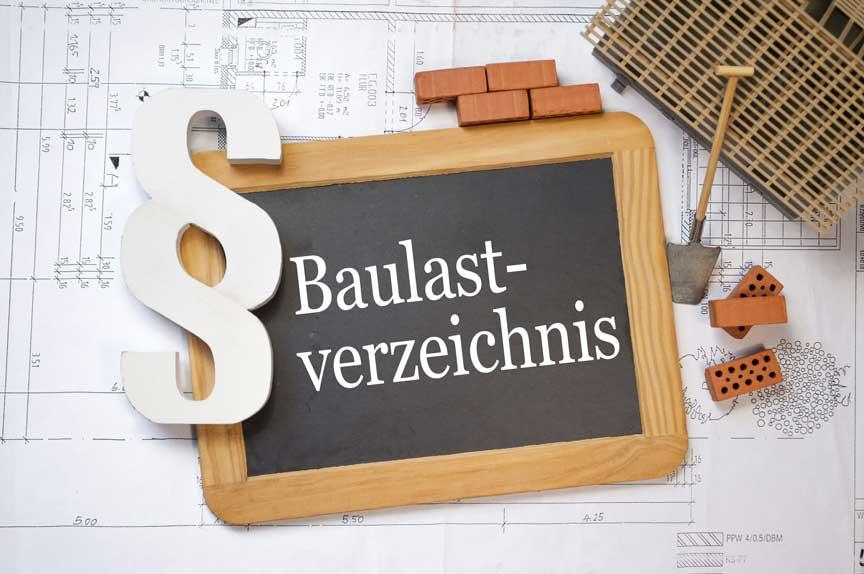 Baulastenverzeichnis auf Tafel geschrieben